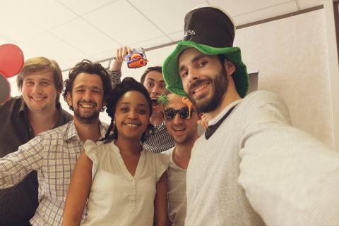 selfie-team-so-buzz.480.321.s